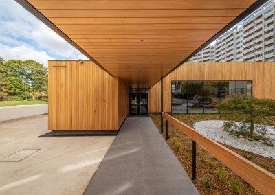 CONSTRUCTION D'UN AMPHITHÉÂTRE DE 250 PLACES EN BOIS