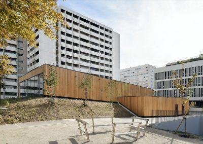 Marie-schweitzer-Amphitheatre-en-bois-250-places-8